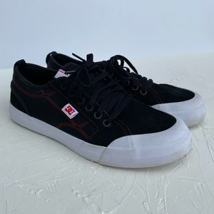 DC Evan Smith Youth Skate Shoes. Size 6